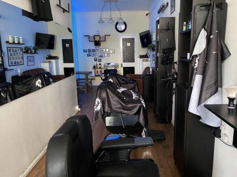 inside silky smooth barbers southseabarbers southsea